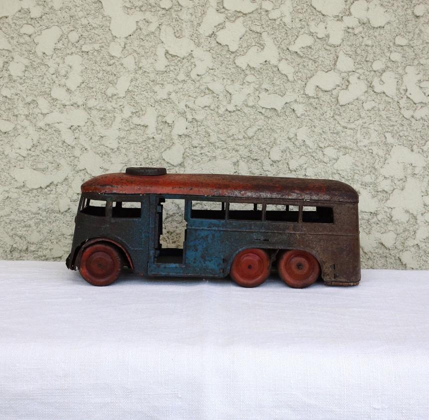 ●ブリキのおもちゃ - バス