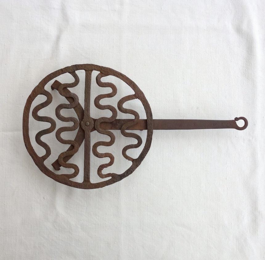 ●料理の道具-蛇模様グリル