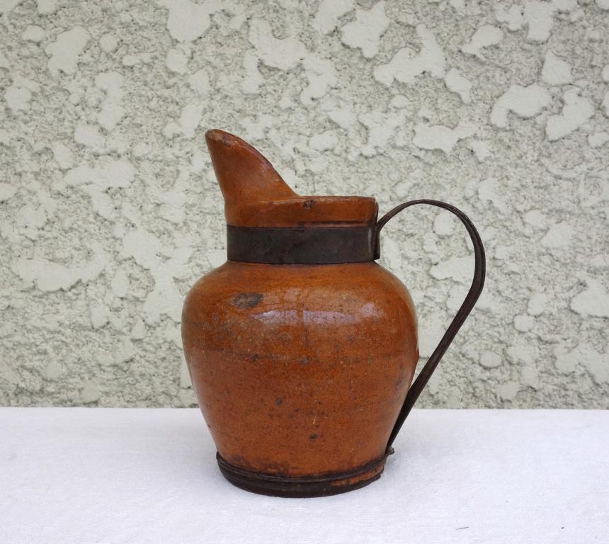 フランスの陶器-ピッチャー