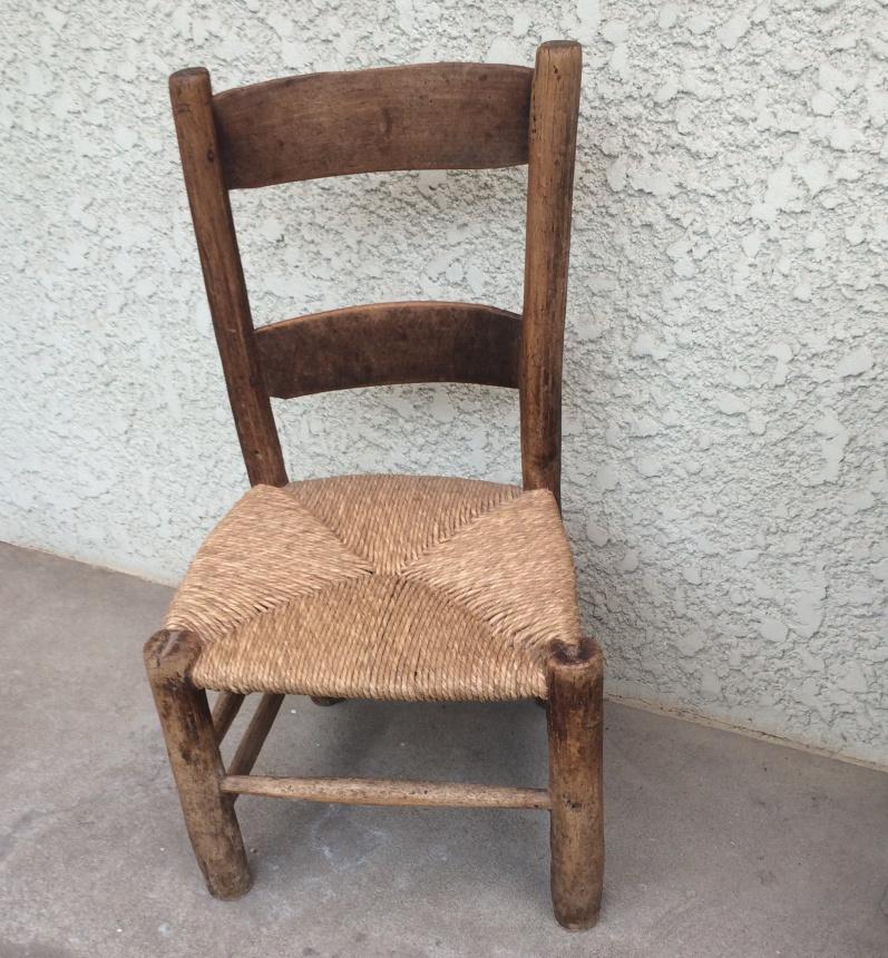 ●プロヴァンス地方の椅子