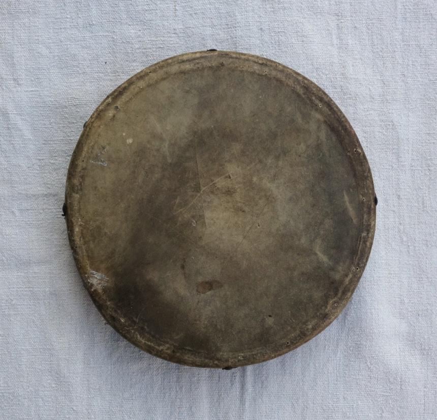 フランスの音楽道具:タンバリン