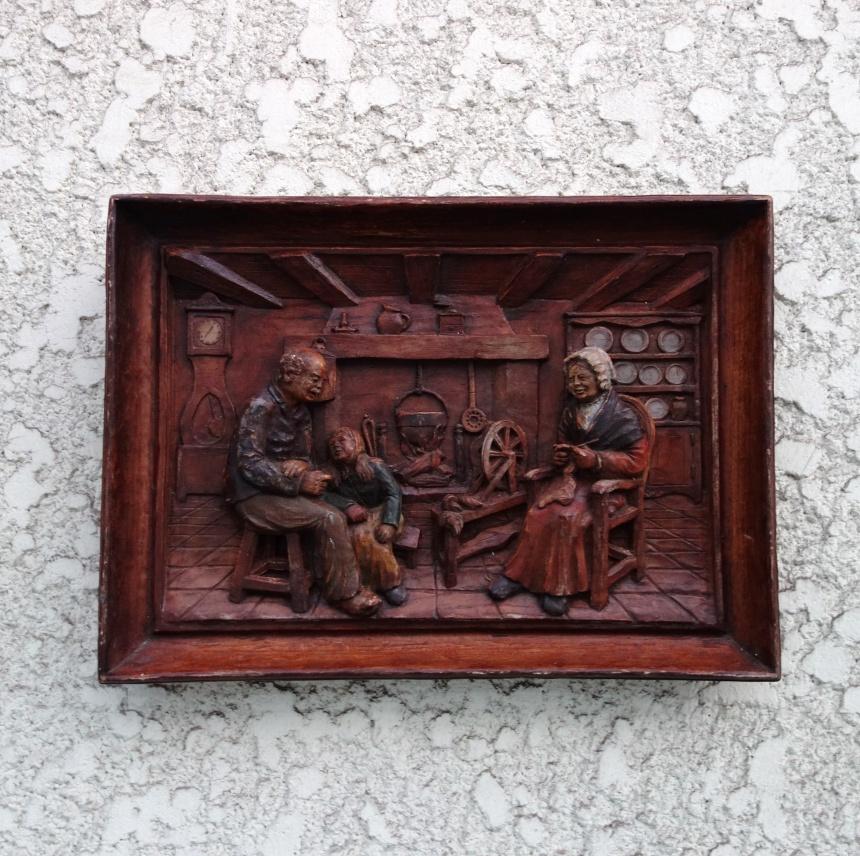 ●南仏の木彫:額