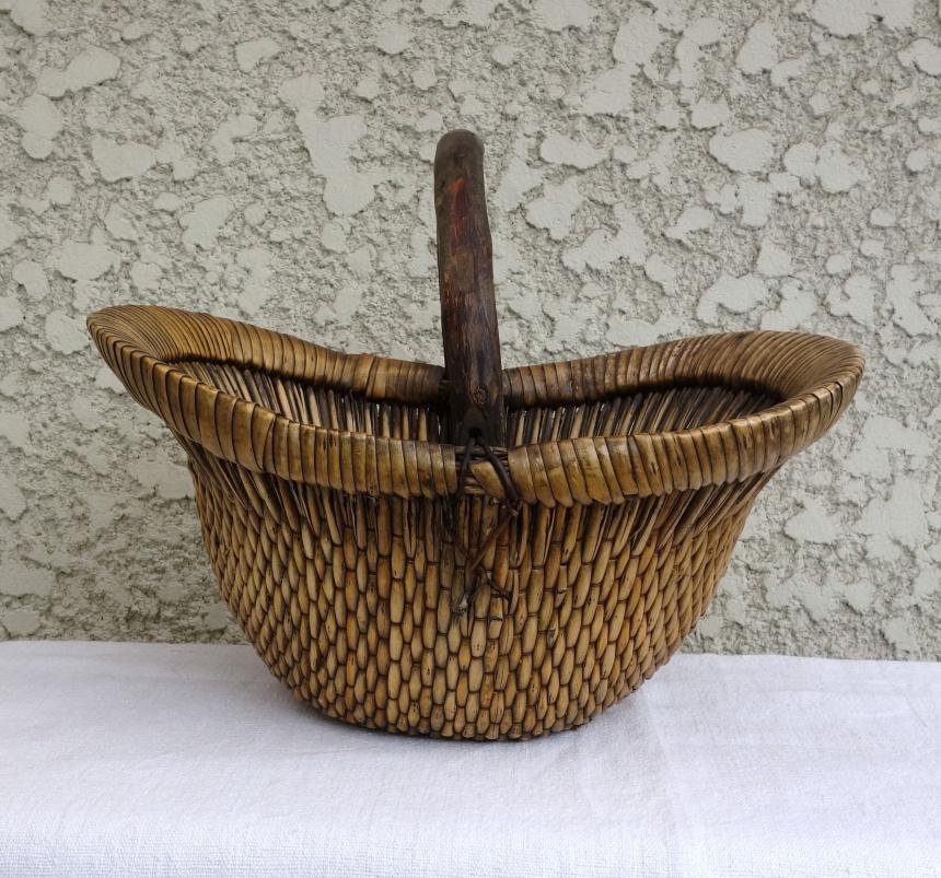 ●南仏の古道具:手付き籠Ⅰ