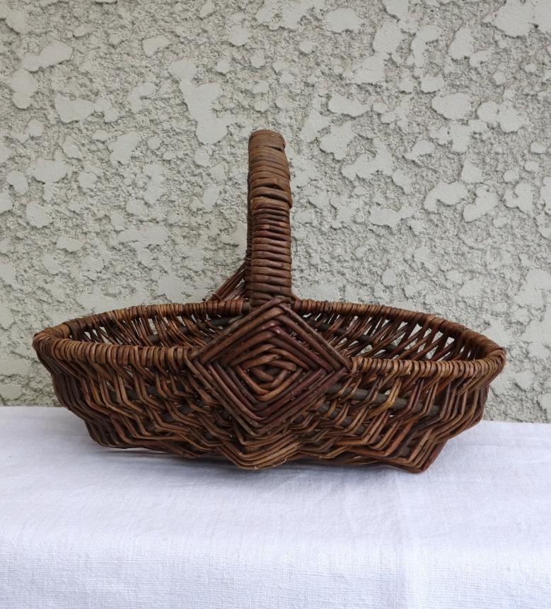 ●南仏の古道具:手付き籠Ⅱ