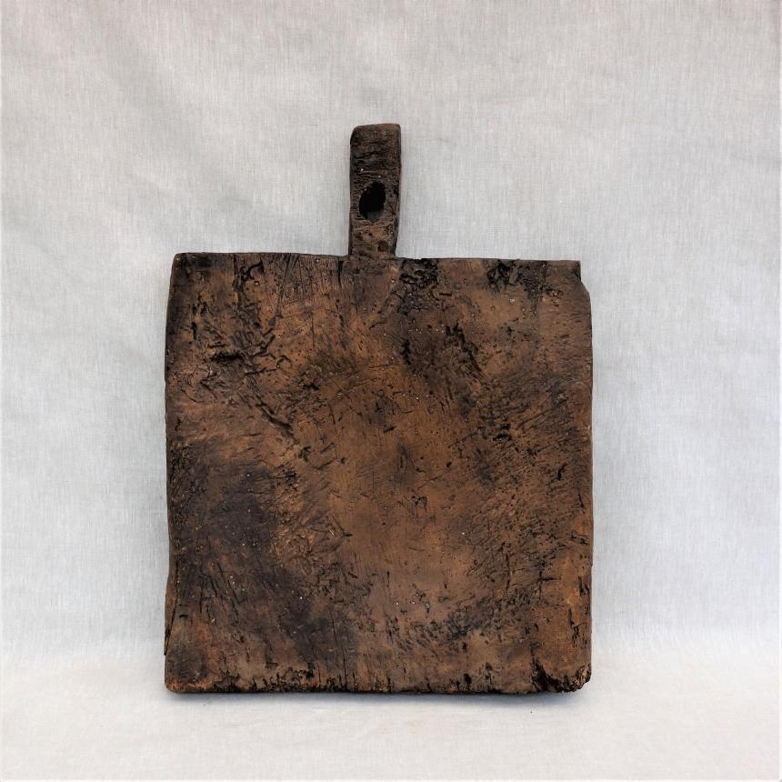 ●フランス古道具 J;料理の道具:まな板=J