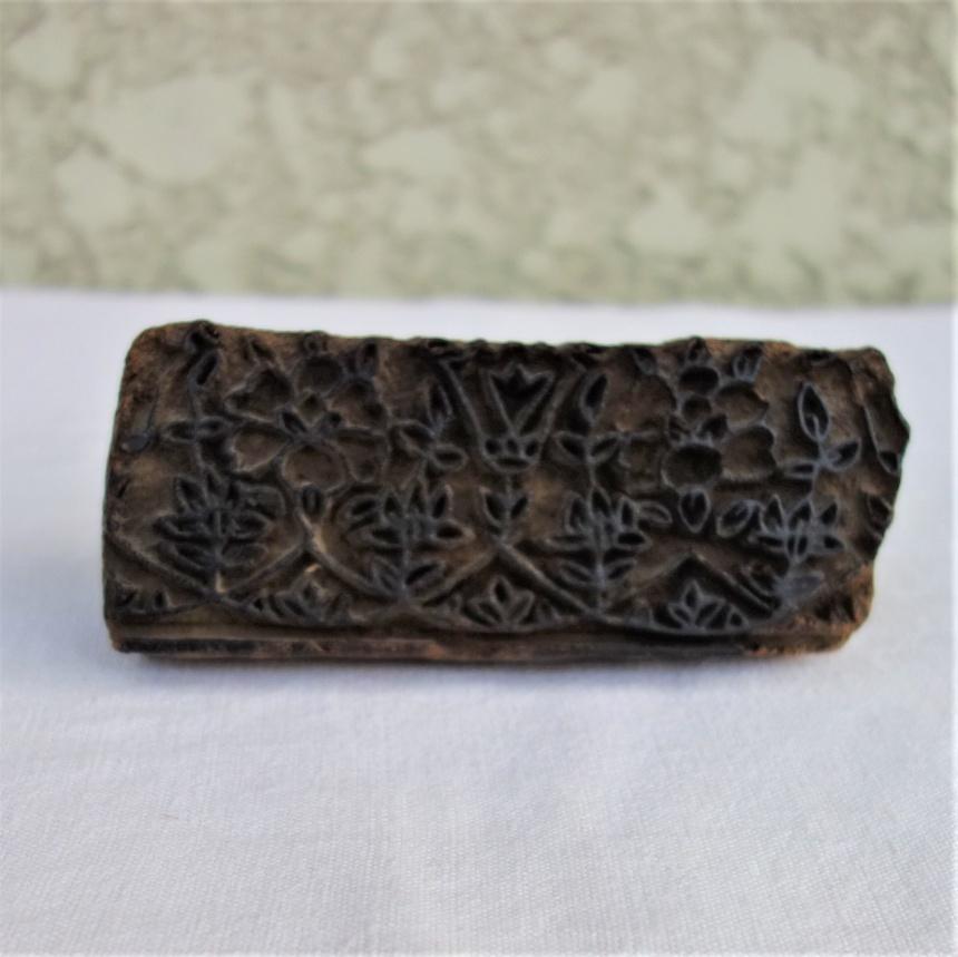 ●南仏の古道具:織物の道具;スタンプ