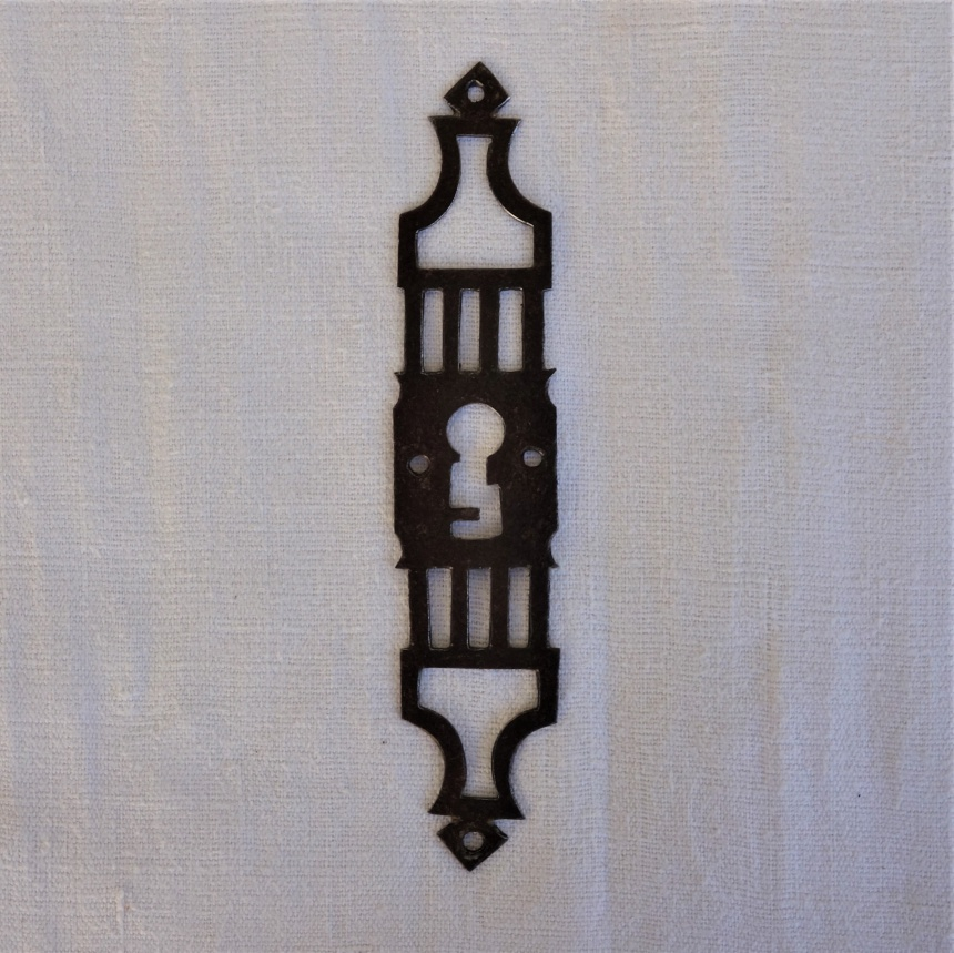 南仏の古道具:扉の道具;鍵穴飾りⅢ