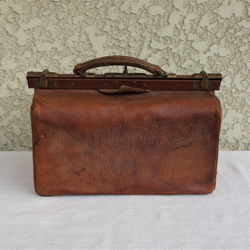 フランス古道具:旅行の道具;鞄