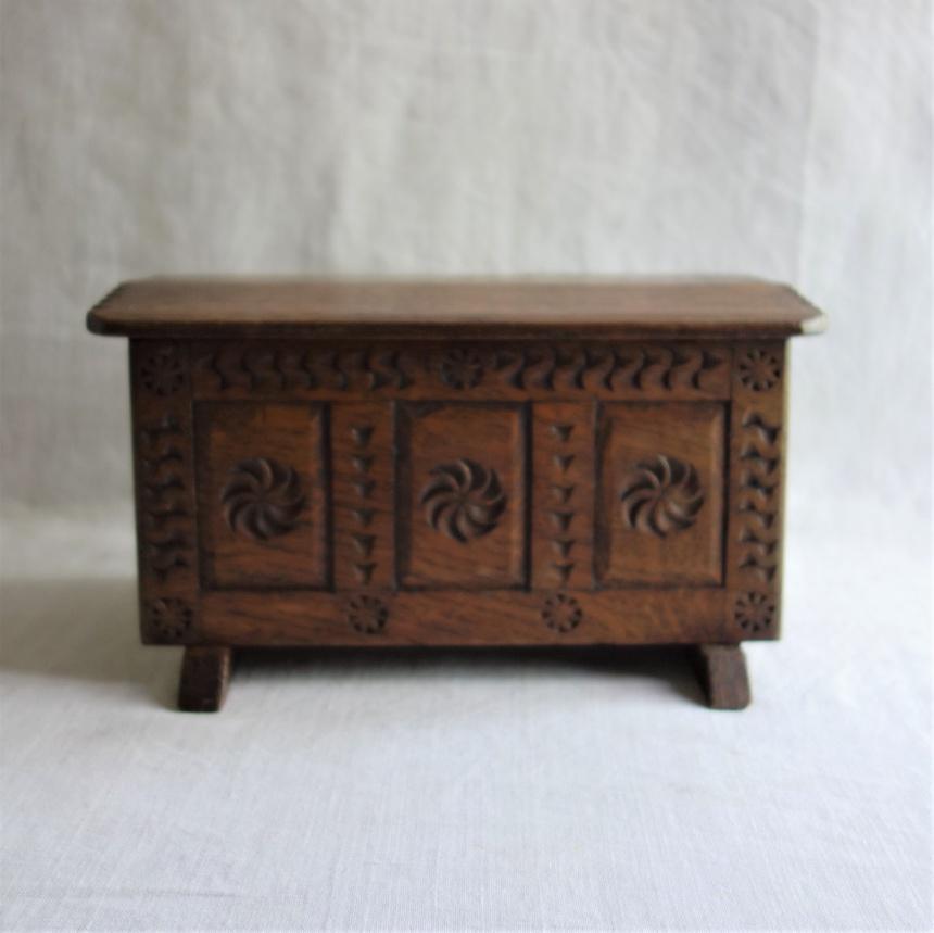 """●フランス古道具 """"C"""" 収納の道具-宝石箱"""