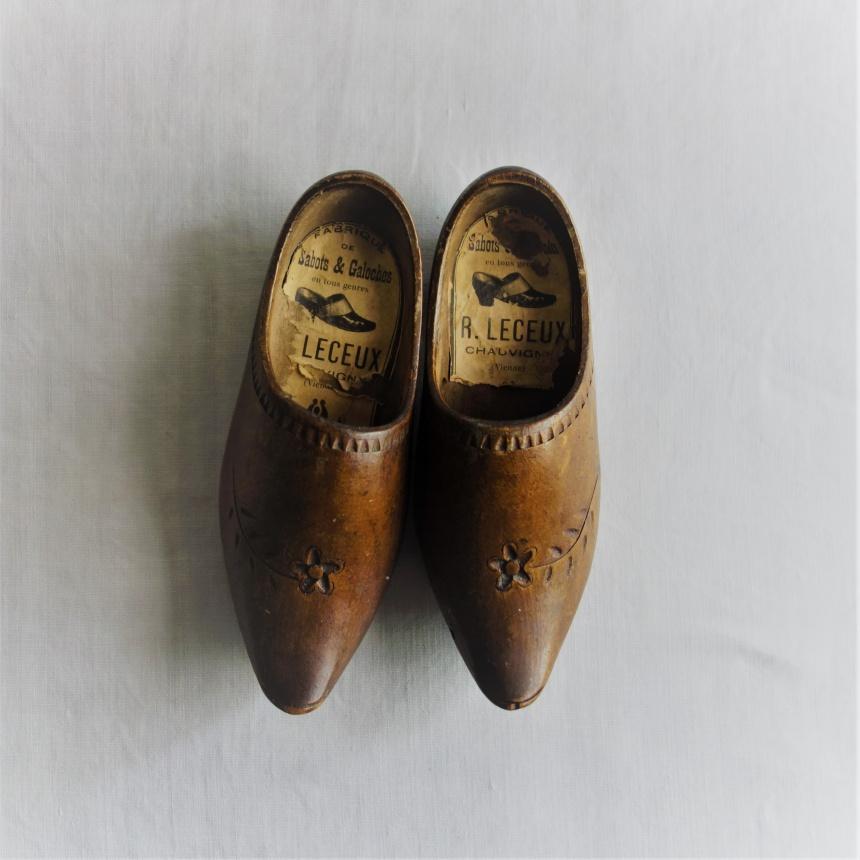 """●フランス古道具 """"S""""  生活の道具-木靴"""