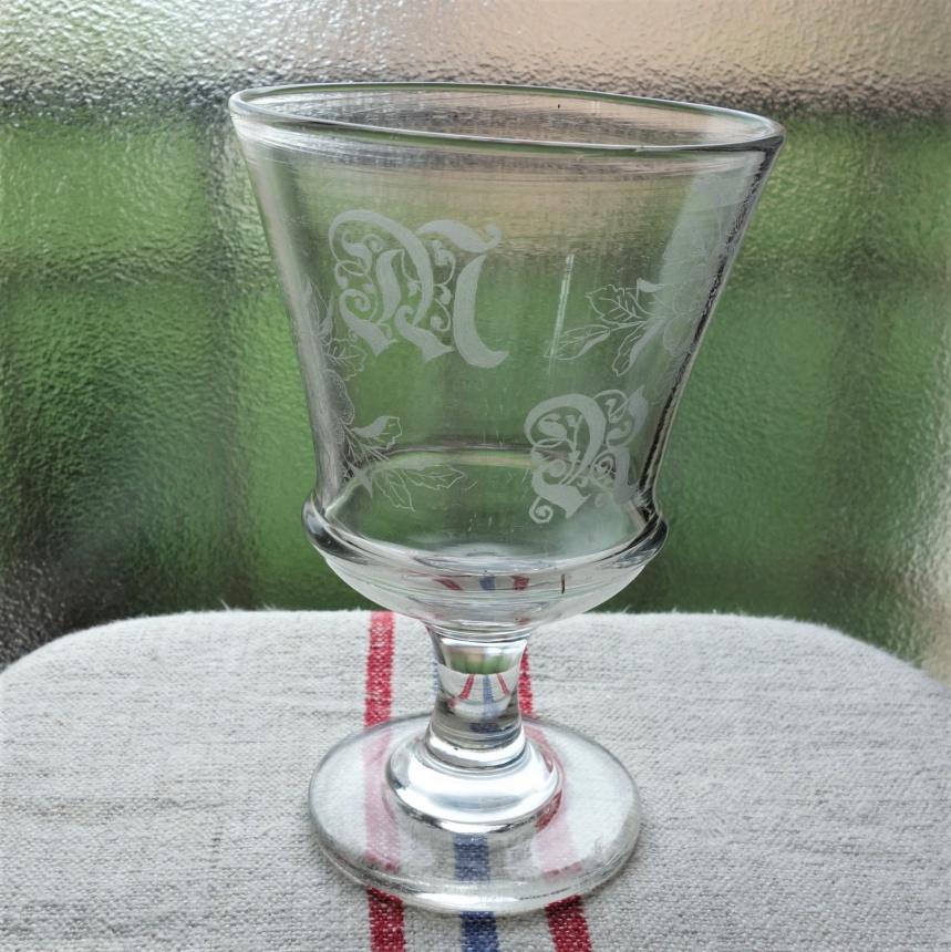 """●フランス古道具 """"V"""" 婚礼用グラス"""